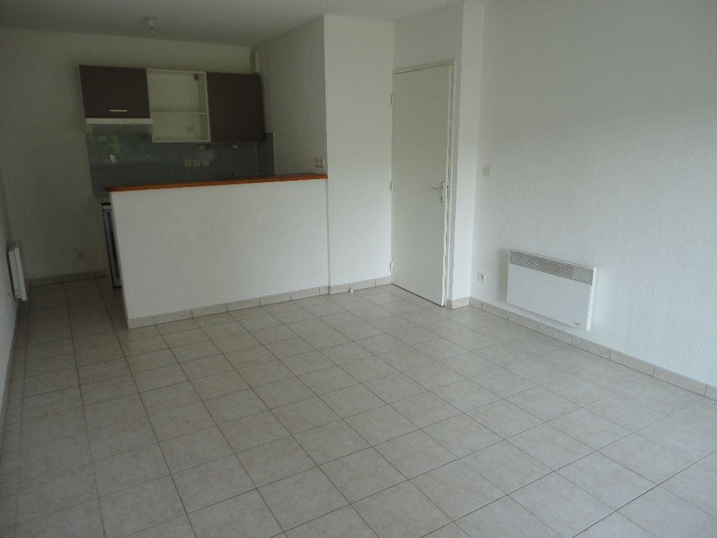 appartement-mont-de-marsan-2-piece-s-42-m2