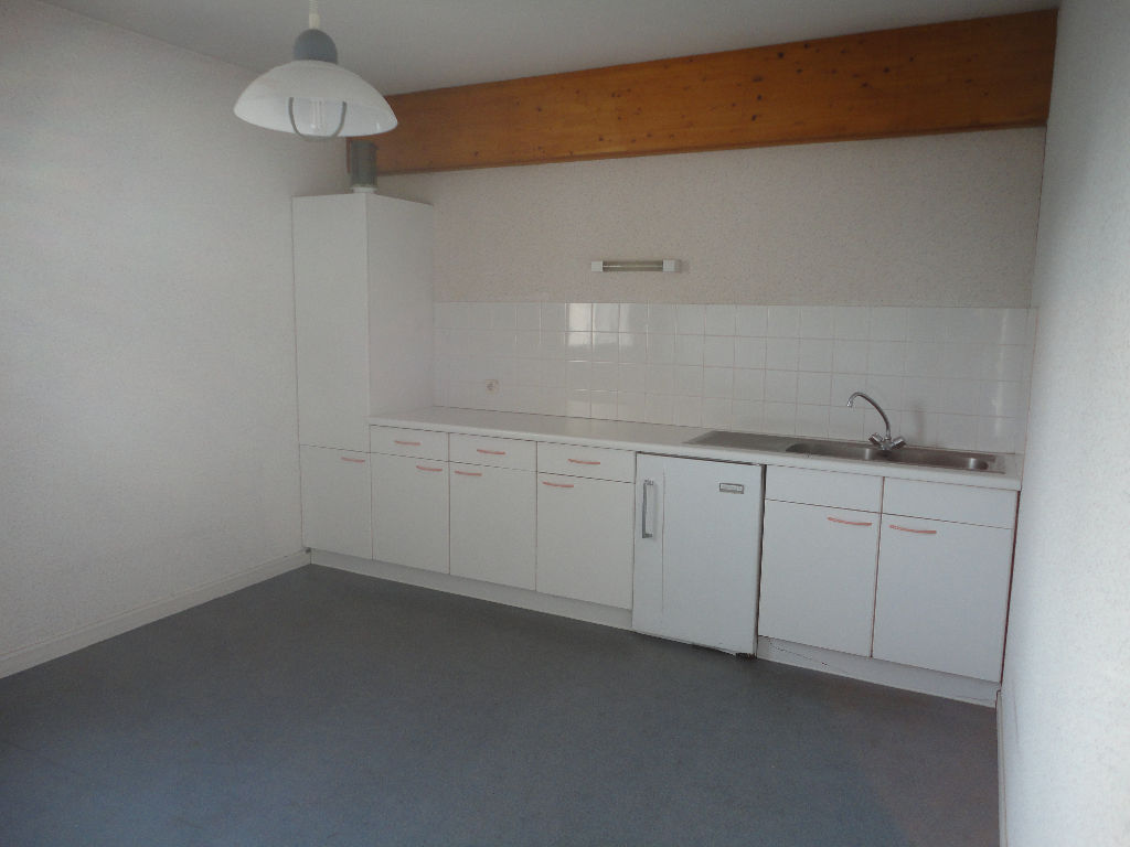 local-professionnel-dans-petite-residence